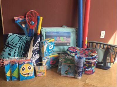 Mrs. Murphy's Beach/Pool Fun Basket