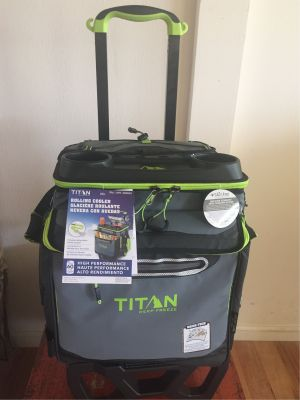 Titan Rolling Cooler with 2 Ice Gel Packs
