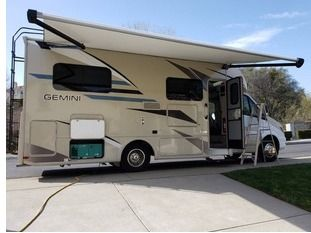 Vacation For 7 Nights Anywhere You Want In An RV For Four People