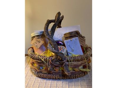 Somerset Emporium Candle Basket and $25 Gift Certificate