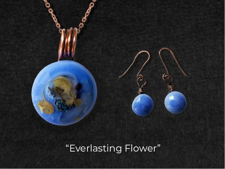 Blue is my best color! Earrings and Pendant