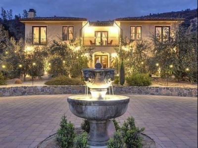 Romantic One Night Stay at Villa Florentina, Coloma's Premier Bed and Breakfast