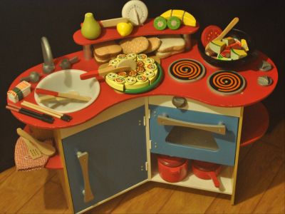 Melissa and Doug Wooden Cook's Corner Kitchen Set with Play Food and Accessories
