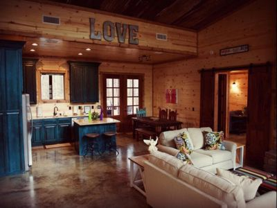 2 Nights Stay in Broken Bow Cabin!