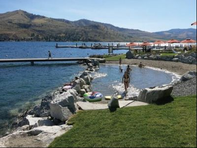 Weekend Getaway at The Lookout - a Lakeside Village on Lake Chelan