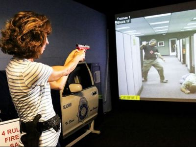 PRISim Shoot/Don't Shoot Simulator Session with Edmonds Police