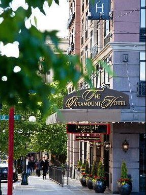 Dinner for 2 at the Metropolitan Grill + 1-Night Stay at The Paramount Hotel - Downtown Seattle