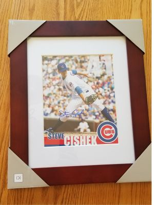 BASKET-  Autographed Photo of Steve Cishek