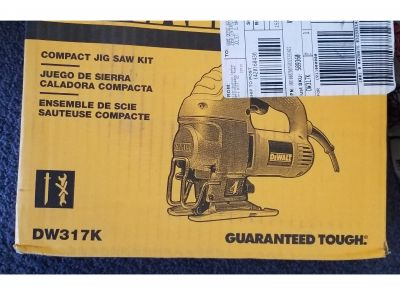 BASKET-  DeWalt Compact Jigsaw Kit