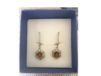 Citron and Diamond Earrings Set on White Go...