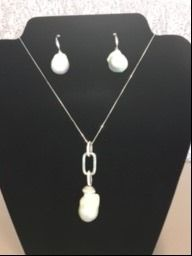Maube Pearl Pendant and Earrings