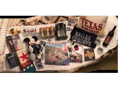 Fun Basket of Texas Favorites